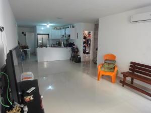 Apartamento En Venta En Caracas - Colinas de Bello Monte Código FLEX: 19-8235 No.2