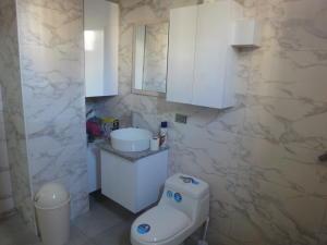 Apartamento En Venta En Caracas - Colinas de Bello Monte Código FLEX: 19-8235 No.9