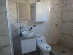 Apartamento En Venta En Caracas - Colinas de Bello Monte Código FLEX: 19-8235 No.12