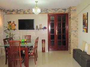 Apartamento En Venta En Maracay - Avenida Bolivar Código FLEX: 19-8330 No.9