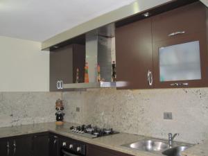 Apartamento En Venta En Maracay - Avenida Bolivar Código FLEX: 19-8330 No.11