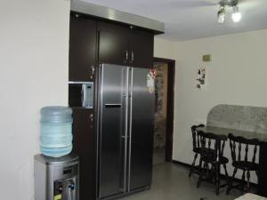 Apartamento En Venta En Maracay - Avenida Bolivar Código FLEX: 19-8330 No.14