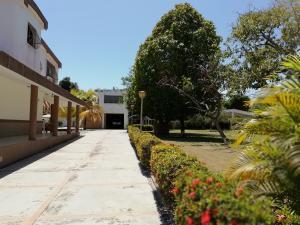 Casa En Venta En Higuerote - Ciubalgue Código FLEX: 19-8560 No.2