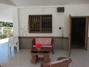Casa En Venta En Higuerote - Ciubalgue Código FLEX: 19-8560 No.4