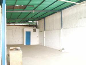 Galpon - Deposito En Alquiler En Maracay - Santa Rosa Código FLEX: 19-8376 No.2