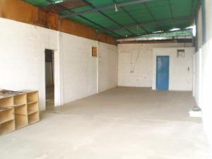 Galpon - Deposito En Alquiler En Maracay - Santa Rosa Código FLEX: 19-8376 No.3