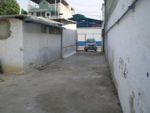 Galpon - Deposito En Alquiler En Maracay - Santa Rosa Código FLEX: 19-8376 No.8