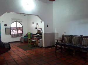En Venta En Maracay - Barrio Bolivar Código FLEX: 19-8411 No.4