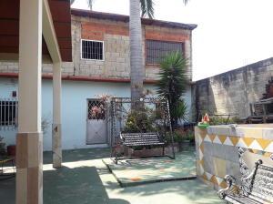 En Venta En Maracay - Barrio Bolivar Código FLEX: 19-8411 No.12