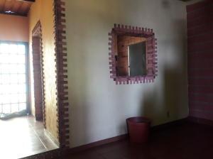En Venta En Maracay - Barrio Bolivar Código FLEX: 19-8411 No.15