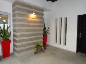 Casa En Venta En Valencia - La Vina Código FLEX: 19-7787 No.1