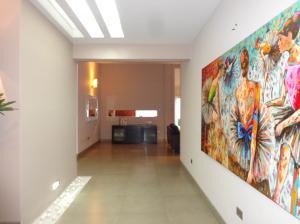 Casa En Venta En Valencia - La Vina Código FLEX: 19-7787 No.4