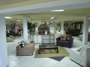 Negocio o Empresa En Venta En Caracas - Los Guayabitos Código FLEX: 19-8654 No.8