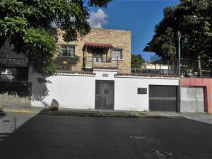 Casa En Venta En Caracas - San Bernardino Código FLEX: 19-8548 No.0