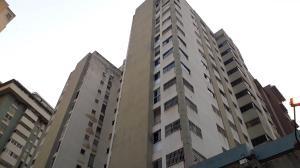 Apartamento En Venta En Caracas - Parroquia La Candelaria Código FLEX: 19-8738 No.0