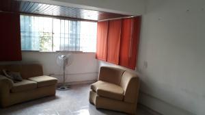 Apartamento En Venta En Caracas - Parroquia La Candelaria Código FLEX: 19-8738 No.3