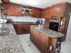 Casa En Venta En Caracas En Las Esmeraldas - Código: 19-8763
