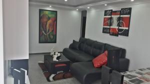 Apartamento En Venta En Maracay - San Jacinto Código FLEX: 19-8845 No.4