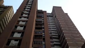 Apartamento En Venta En Caracas - Parroquia La Candelaria Código FLEX: 19-8877 No.0