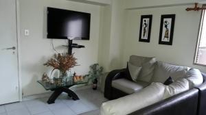 Apartamento En Venta En Caracas - Parroquia La Candelaria Código FLEX: 19-8877 No.3