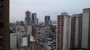 Apartamento En Venta En Caracas - Parroquia La Candelaria Código FLEX: 19-8877 No.8