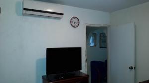 Apartamento En Venta En Caracas - Parroquia La Candelaria Código FLEX: 19-8877 No.15