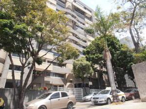 Apartamento En Venta En Caracas - El Rosal Código FLEX: 19-8887 No.0