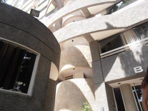 Apartamento En Venta En Caracas - El Rosal Código FLEX: 19-8887 No.1