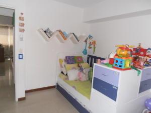 Apartamento En Venta En Caracas - El Rosal Código FLEX: 19-8887 No.16