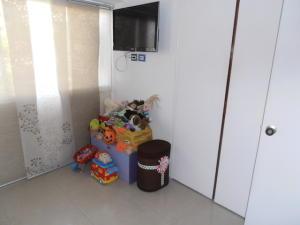 Apartamento En Venta En Caracas - El Rosal Código FLEX: 19-8887 No.17