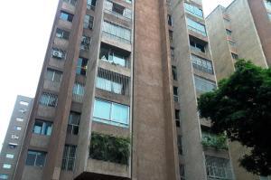 Apartamento En Venta En Caracas - La Urbina Código FLEX: 19-8991 No.0