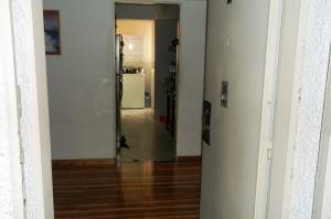 Apartamento En Venta En Caracas - La Urbina Código FLEX: 19-8991 No.2