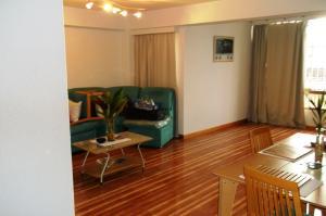 Apartamento En Venta En Caracas - La Urbina Código FLEX: 19-8991 No.3