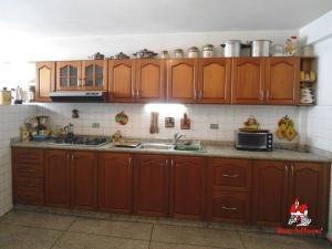 En Venta En Maracay - La Barraca Código FLEX: 19-8901 No.5