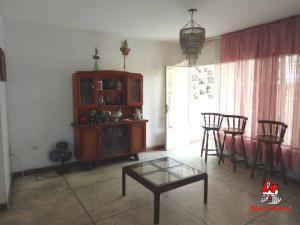 En Venta En Maracay - La Barraca Código FLEX: 19-8901 No.12