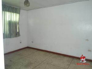 En Venta En Maracay - La Barraca Código FLEX: 19-8901 No.14