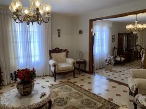 Casa En Venta En Caracas - Los Naranjos del Cafetal Código FLEX: 19-8979 No.3