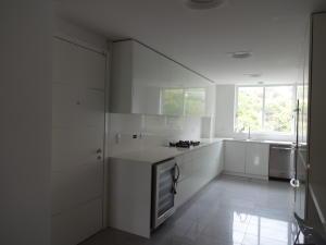Apartamento En Venta En Caracas En Los Chorros - Código: 19-9162