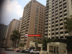 Apartamento En Venta En Caracas - El Cigarral Código FLEX: 19-9109 No.0