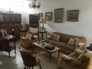 Casa En Venta En Caracas - Sebucan Código FLEX: 19-9170 No.1