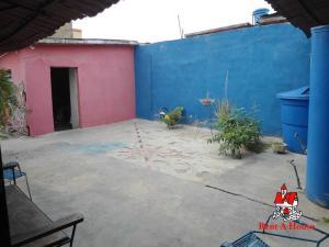 Casa En Venta En Maracay - Las Acacias Código FLEX: 19-9235 No.10