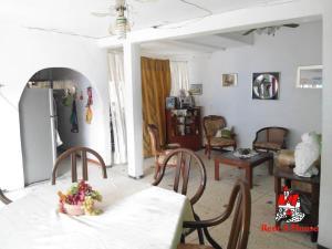 Casa En Venta En Maracay - Las Acacias Código FLEX: 19-9235 No.13
