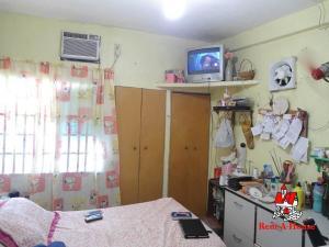 Casa En Venta En Maracay - Las Acacias Código FLEX: 19-9235 No.15