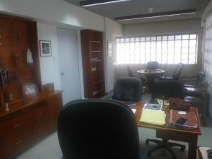 En Venta En Caracas - Chacao Código FLEX: 19-9288 No.3