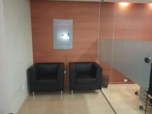 En Alquiler En Caracas - Bello Monte Código FLEX: 19-9374 No.6