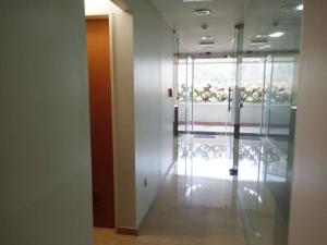 En Alquiler En Caracas - Bello Monte Código FLEX: 19-9374 No.17