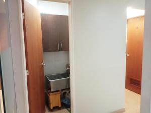 En Alquiler En Caracas - Bello Monte Código FLEX: 19-9374 No.11