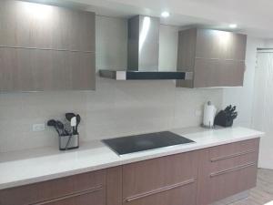 Apartamento En Venta En Caracas - Santa Eduvigis Código FLEX: 19-9309 No.9