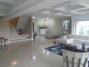 Apartamento En Venta En Caracas - Santa Eduvigis Código FLEX: 19-9309 No.3