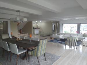 Apartamento En Venta En Caracas - Santa Eduvigis Código FLEX: 19-9309 No.2